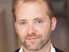 Dr Oliver Seyfried